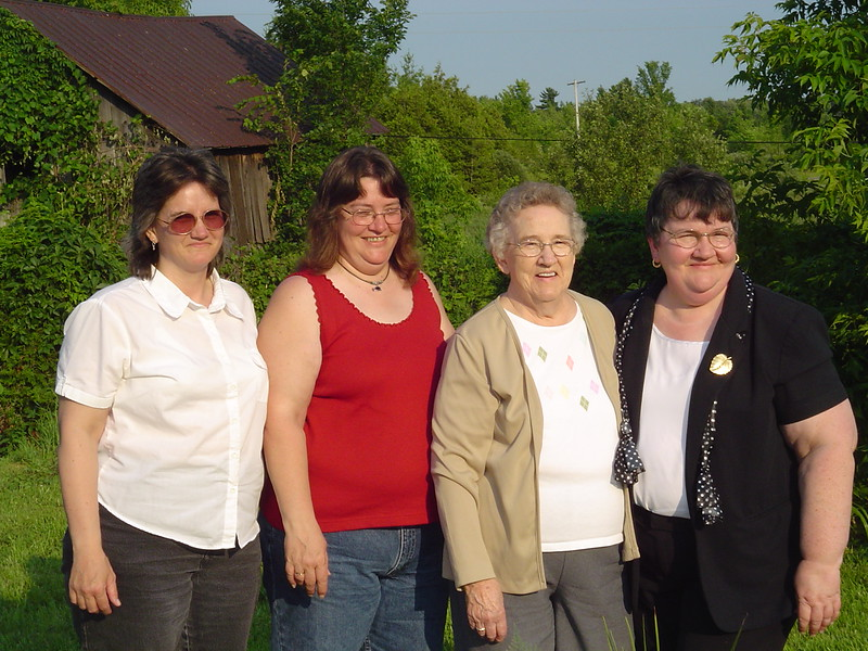 Lorraine, Janine, Norma & Diane (July 7, 2006).JPG