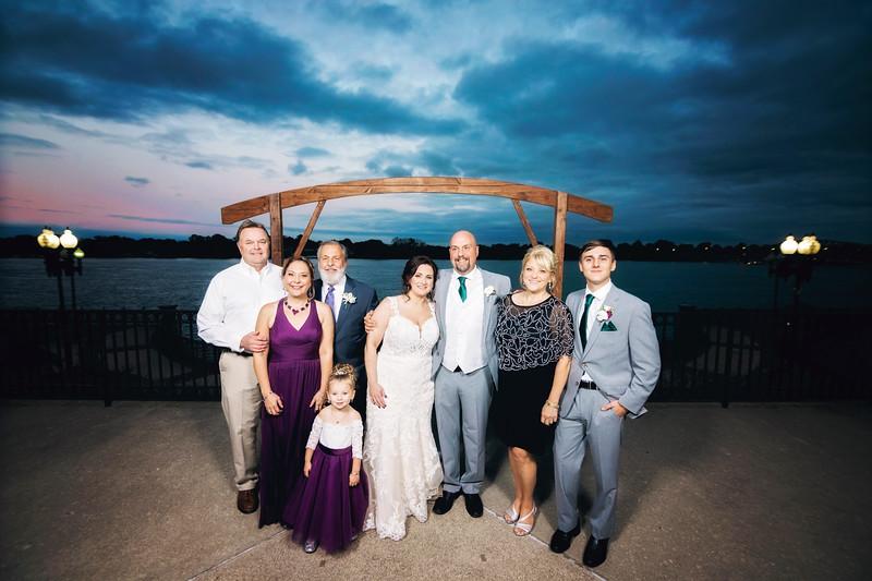chateau-on-the-river-trenton-michigan-wedding-0319.jpg