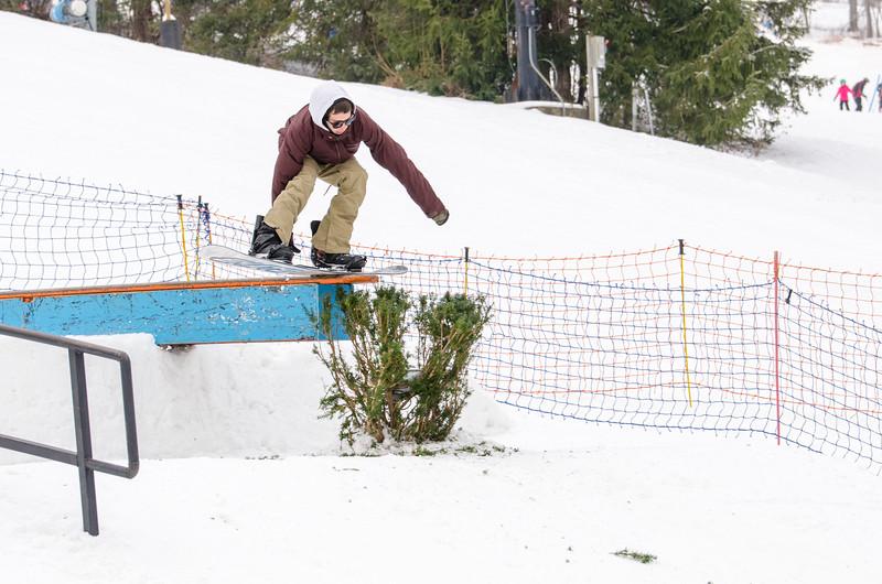 Snow-Trails_Mid-Season-2015-SpFeat-63.jpg