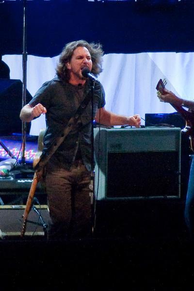Pearl Jam Spectrum 10-30-09 045-2