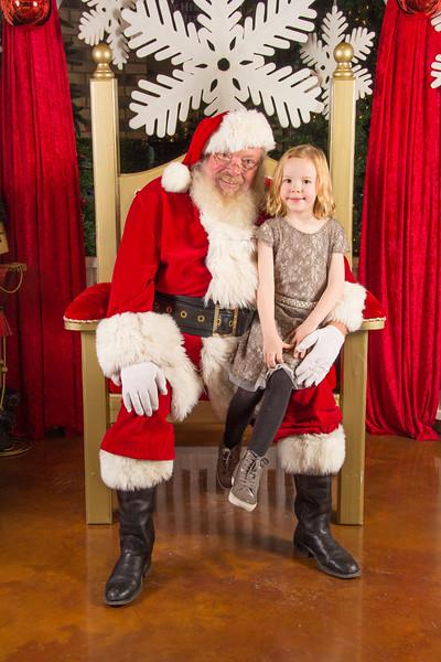 Santa 12-16-17-373.jpg