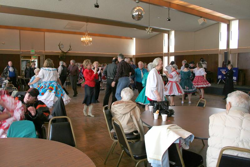9329 Pioneer Squares Dance.jpg