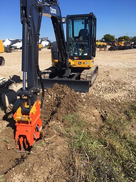 NPK C2D plate compactor on Deere 50G mini excavator - trenching - Murphy Tractor 2017 (3).JPG