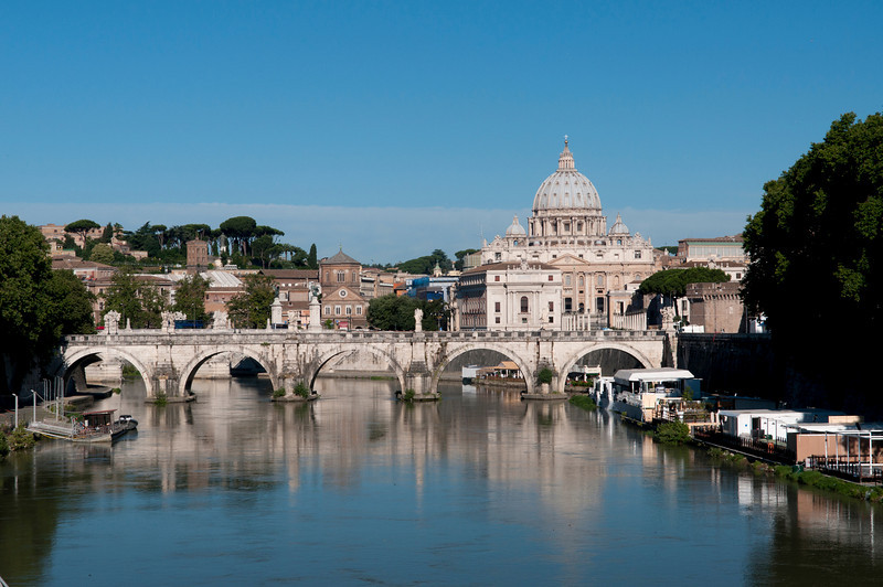 St Peters Basilica_8456.jpg