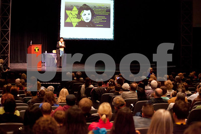 holocaust-survivor-shares-story-at-tyler-junior-college