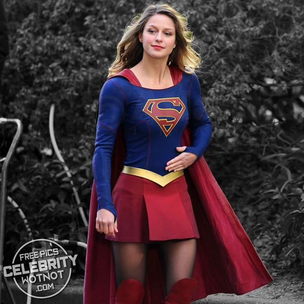 Melissa Benoist All Smiles In Supergirl Costume