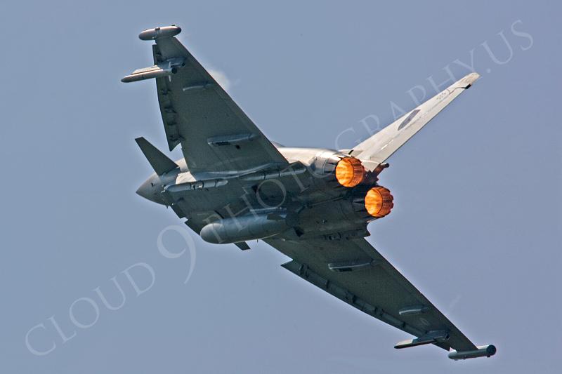 AB - Typ 00012 Eurofighter Typhoon British RAF by Tony Fairey.JPG