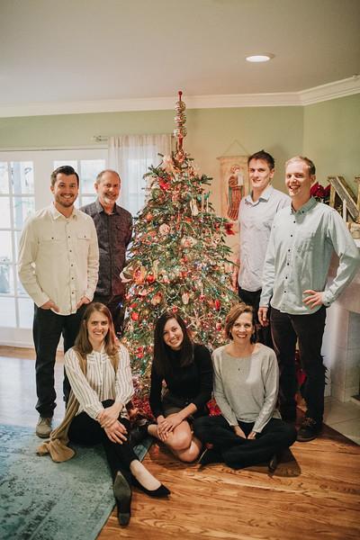 Aton Family 2017-0022.jpg