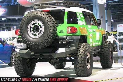 WEB_Toyota_FJCruiser_REAR_5.jpg