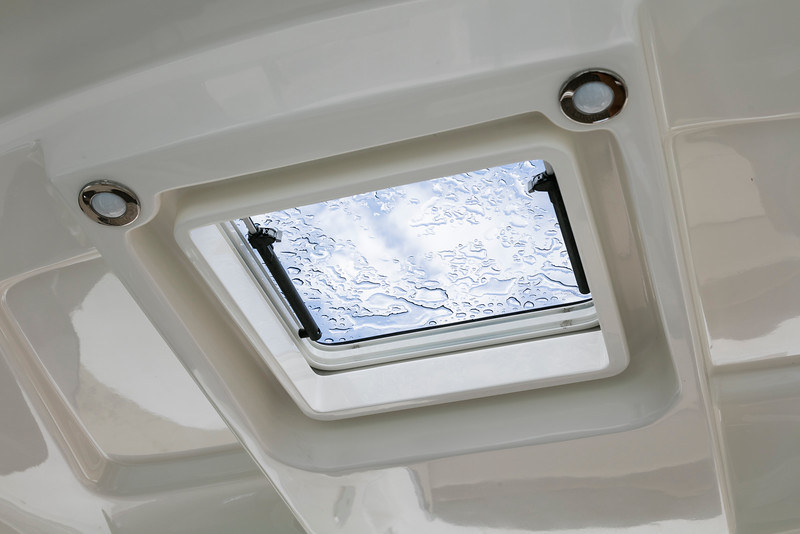 Sundancer310_CeilingWindow.jpg