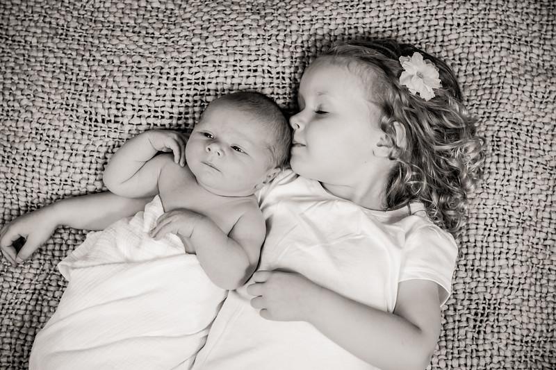 Carson_newborn-40.jpg
