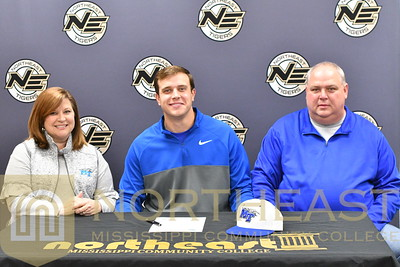 2018-11-14 BB Jake Christa Signs with Middle Tennessee