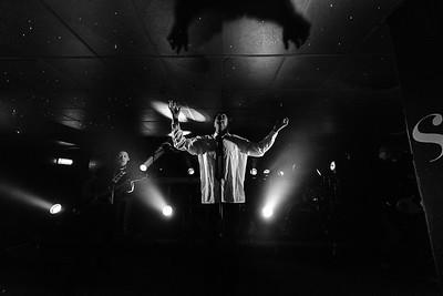 Månen performing at Skala