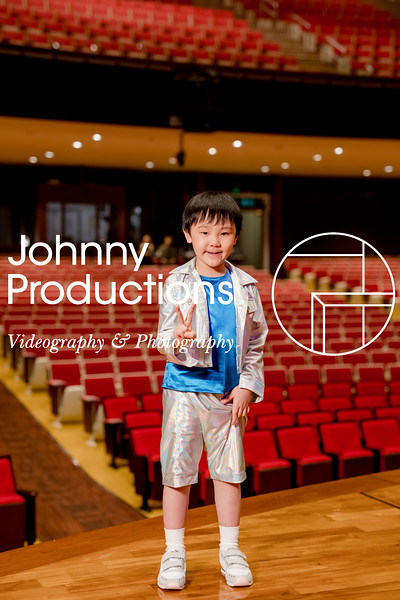 0078_day 1_orange & green shield portraits_red show 2019_johnnyproductions.jpg
