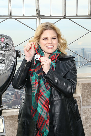 """MEGAN HILTY PROMOTES HER NEW CD """"A MERRY LITTLE CHRISTMAS"""" AT EMPIRE STATE BUILDING-NY"""