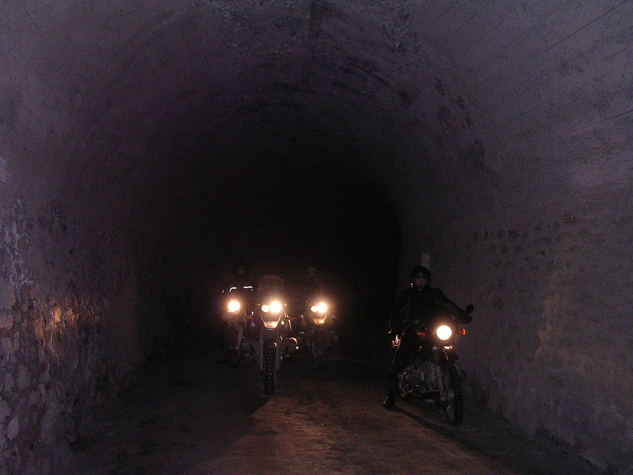 De eerste rit door een nieuwe tunnel. Scary