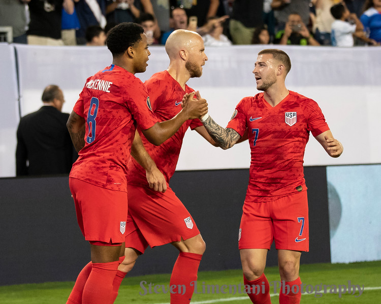 Weston Mckennie #8, Paul Arriola #7, Michael Bradley #4