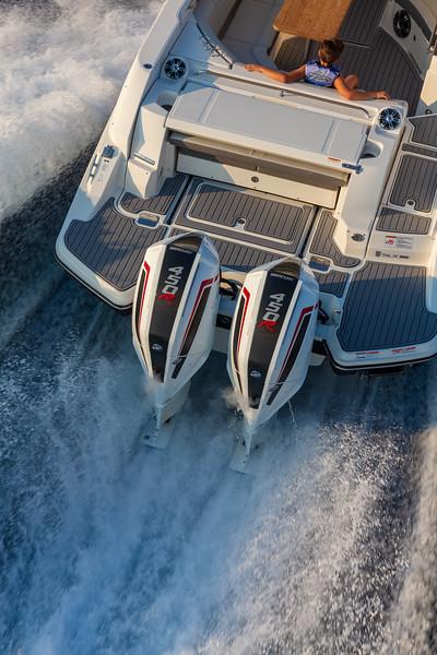 2020-SLX-R-350-Outboard-Engines-1.jpg