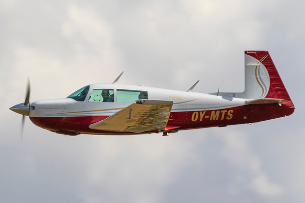 OY-MTS - Mooney M20J