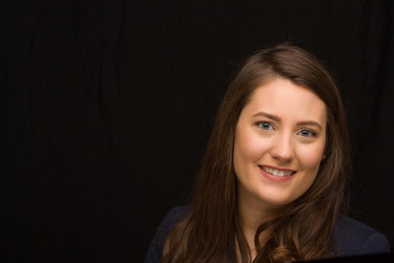 Kirsten Headshot (116 of 116)-Edit.jpg