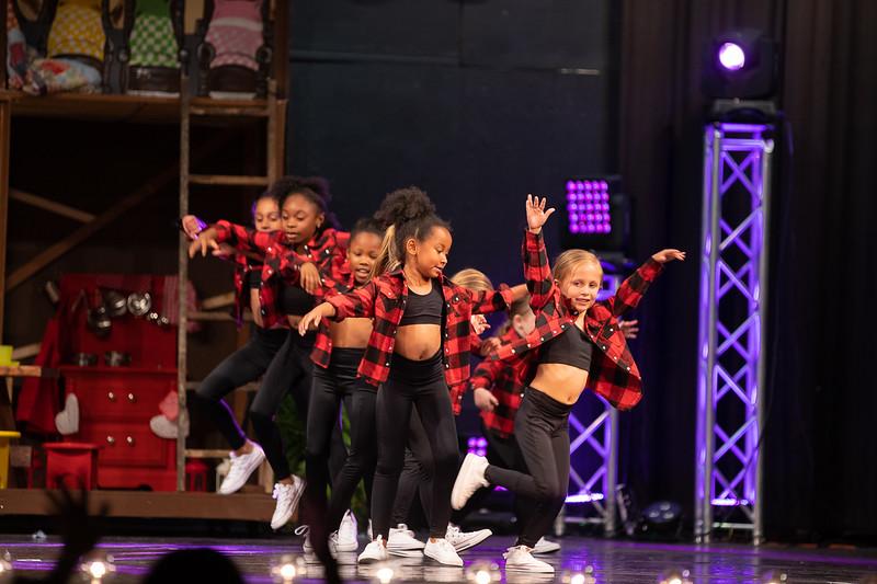 Dance Productions Recital 2019-250.jpg