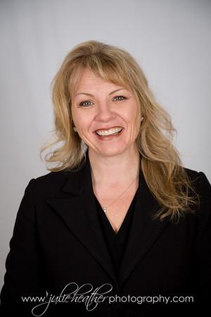 Nicole Parr Headshot Options March 2018