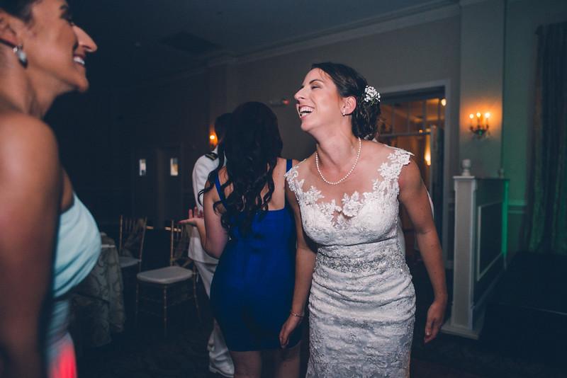 Philadelphia Wedding Photographer - Bernreuther-783.jpg