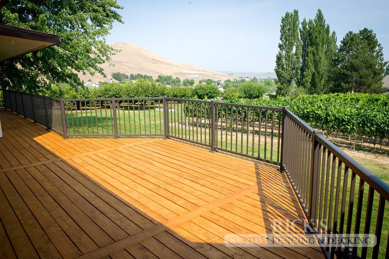 1002 - Stained Port Orford Cedar Decking with Aluminum Handrail