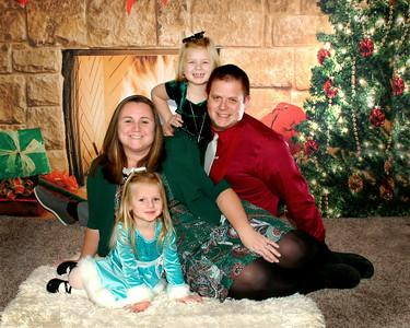 Bounds Family Christmas Portraits December 15, 2019
