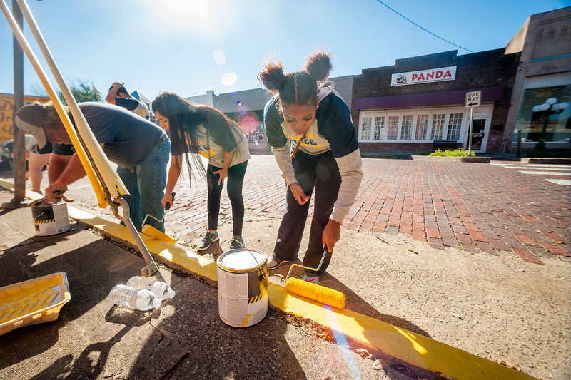 17052-event-Operation Blue & Gold- TAMUC Day of Service-52.jpg