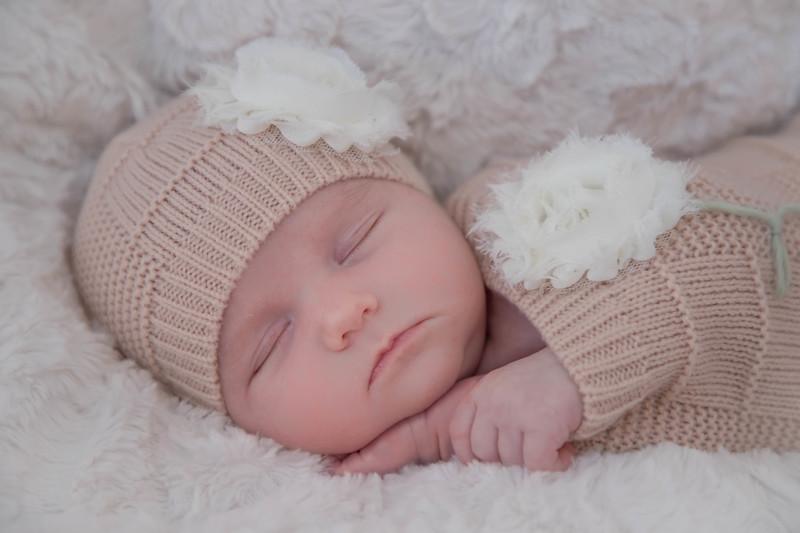 Bowyn Newborn-10.jpg