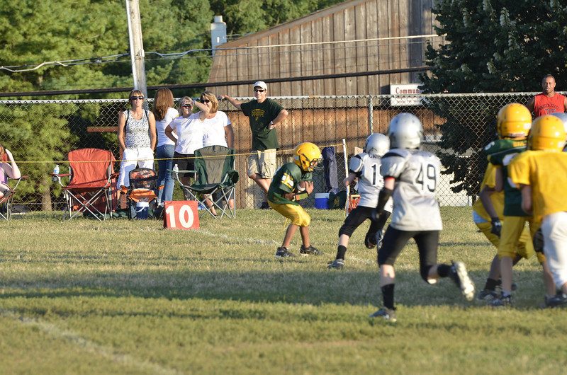Wildcats vs Raiders Scrimmage 201.JPG