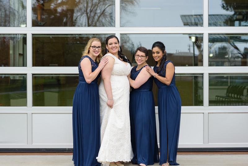 Bride&Bridesmaids_93.jpg