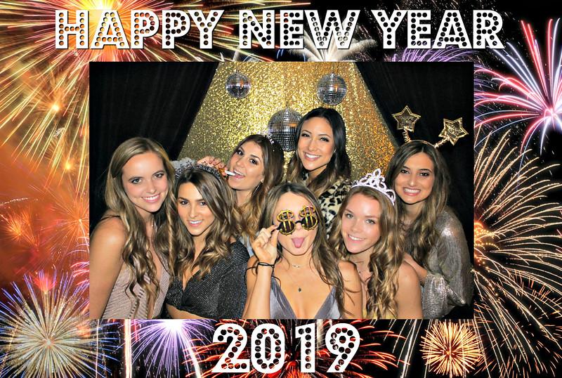 New Years 2019 Photobooth Pics (1).jpg