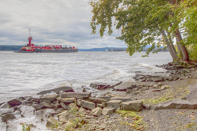 Tugboat on the Hudson River, East Kingston, New York, USA