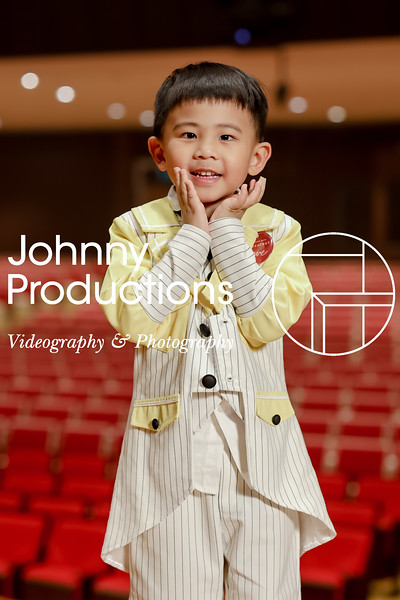 0009_day 1_yellow shield portraits_johnnyproductions.jpg