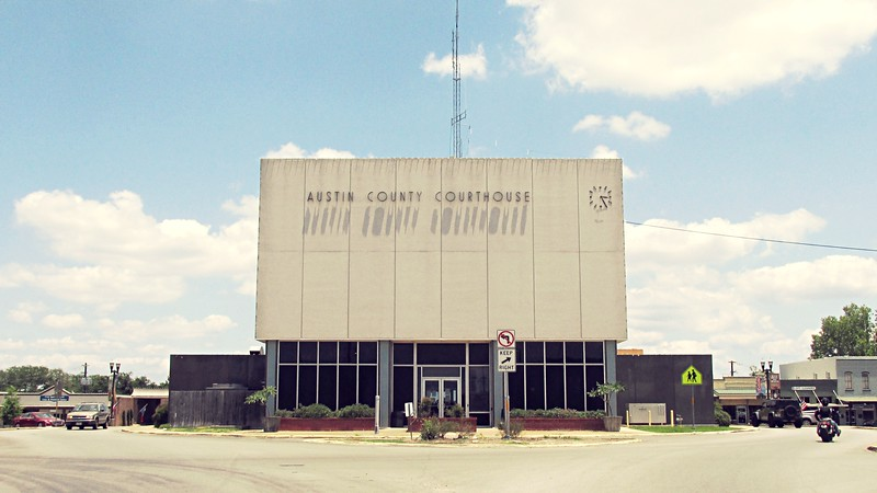 Austin County Courthouse - Back
