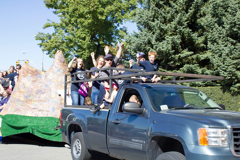 2015_10_10_Homecoming_Parade_7906.jpg