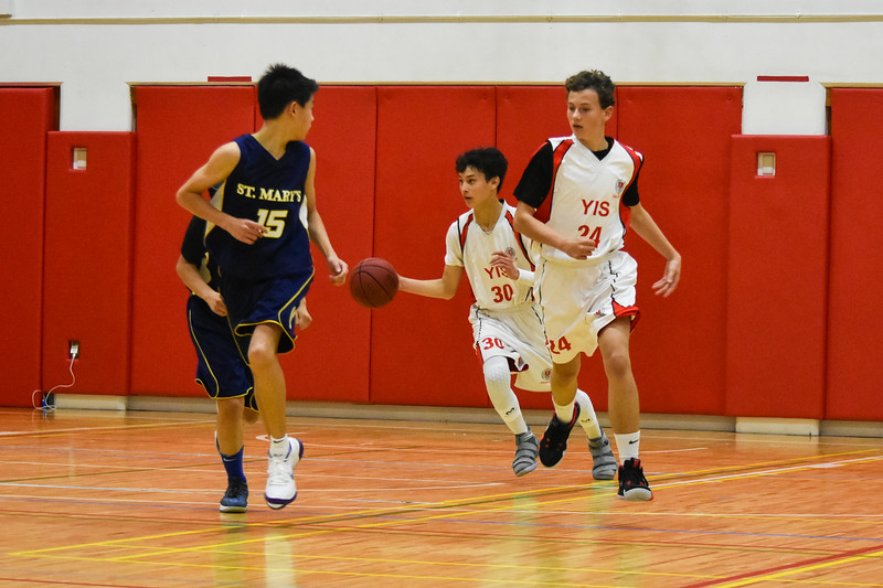 YIS Athletics-MS Boys Basketball-DSC_0073-2018-19.jpg