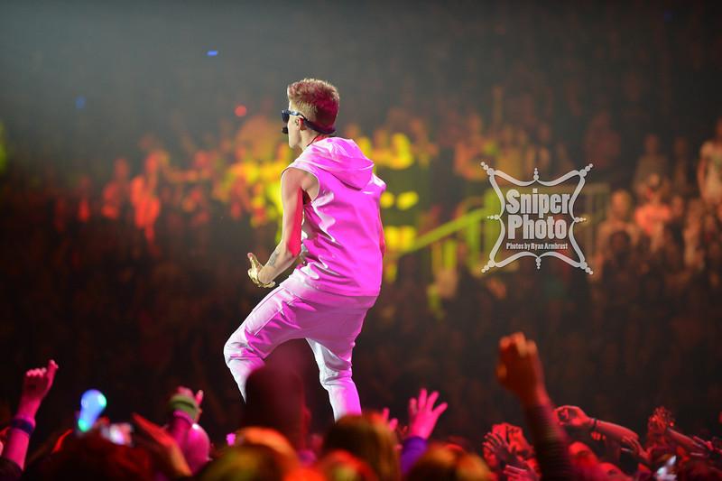 Justin Bieber at Yum Center in Louisville - Sniper Photo-10.jpg