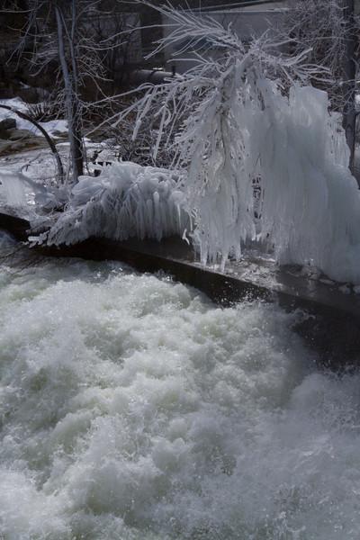 frozen water pipe-2344.jpg