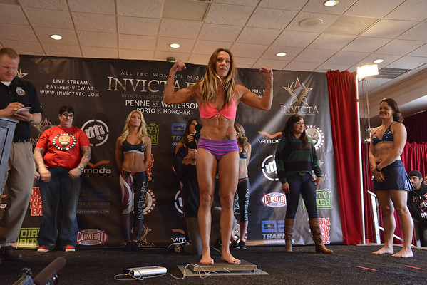 INVICTA FC 5 WEIGH-INS