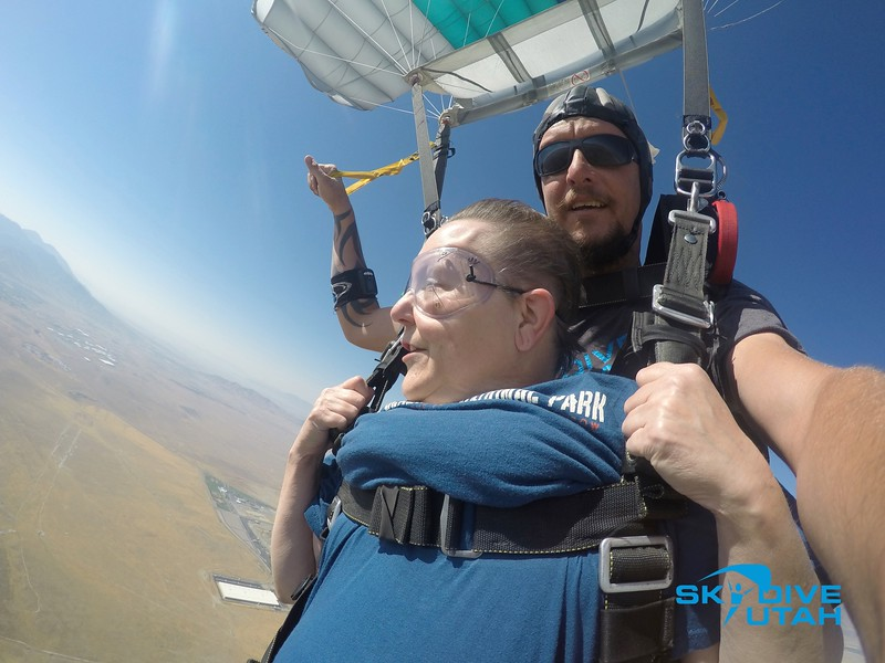 Lisa Ferguson at Skydive Utah - 109.jpg
