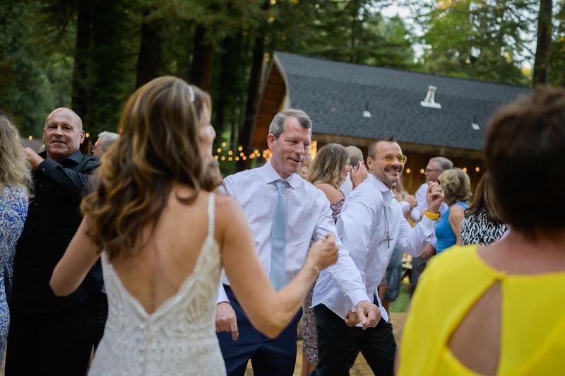Z06_3218_Terri_and_Dave_The_Redwood_Barn_Scotts_Valley_Wedding_Photography.jpg