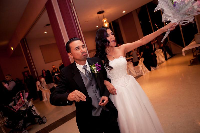 2011-11-11-Servante-Wedding-340.JPG
