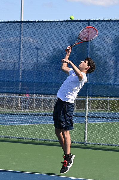 boys_tennis_8428.jpg