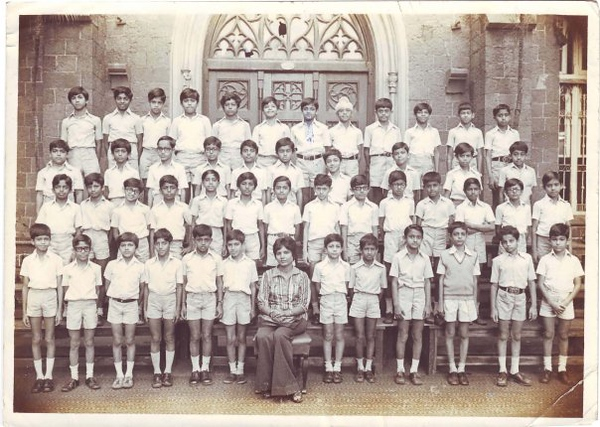 Karun Nangia Then 2nd row 2nd right.jpg