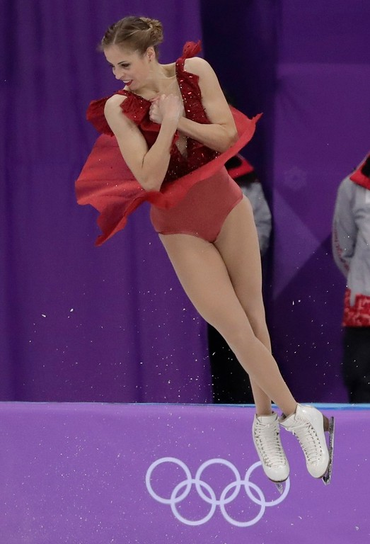 . Carolina Kostner, of Italy performs in the ladies single figure skating short program in the Gangneung Ice Arena at the 2018 Winter Olympics in Gangneung, South Korea, Sunday, Feb. 11, 2018. (AP Photo/Julie Jacobson)