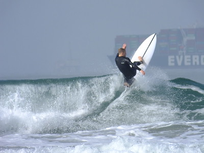 4/16/21 * DAILY SURFING PHOTOS * H.B. PIER