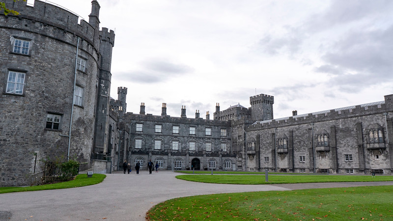 Ireland-Kilkenny-Castle-07.jpg